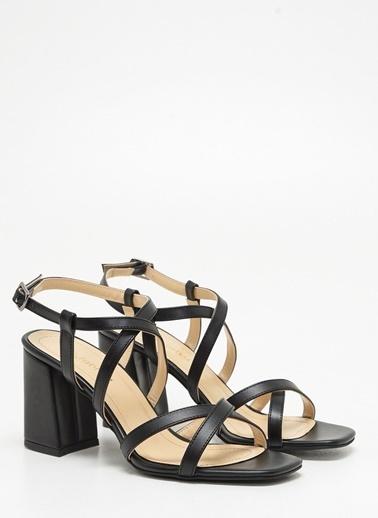 F By Fabrika Kadın Siyah Ayakkabı SOFIA Siyah